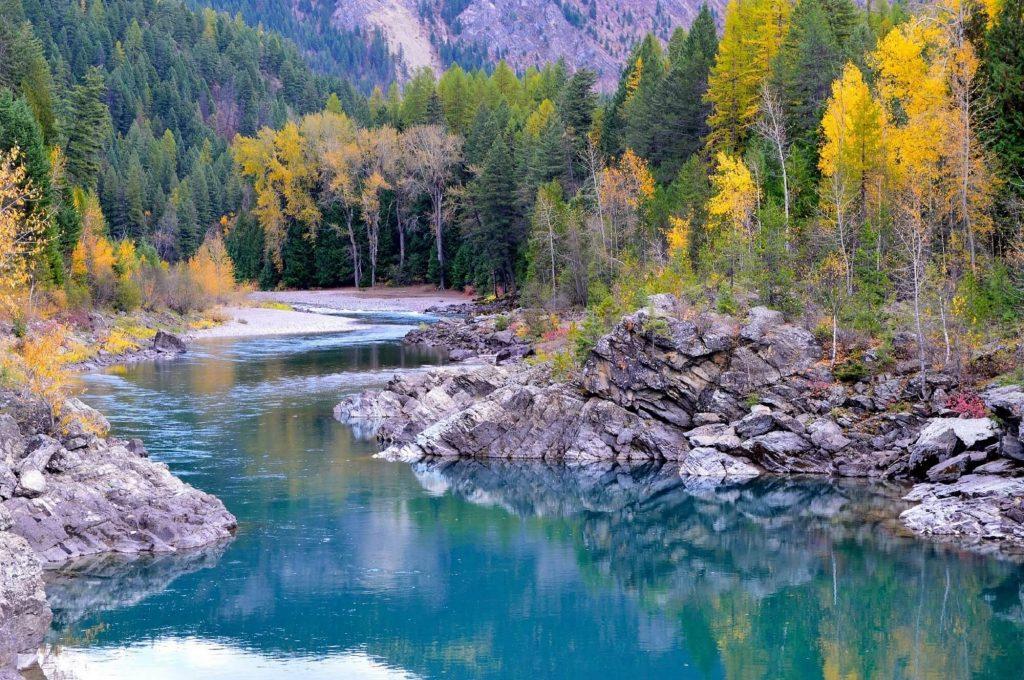 flathead_river_autumn_montana